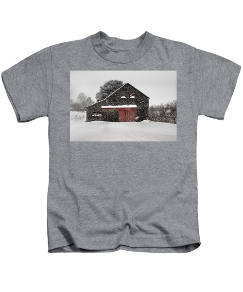 Roadside Barn In The Storm Kids T-Shirt