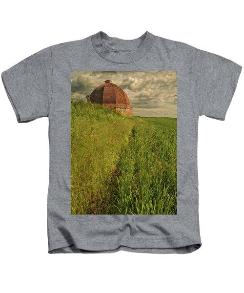 Round Barn Kids T-Shirt