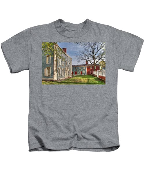 Royall House And Slave Quarters Kids T-Shirt