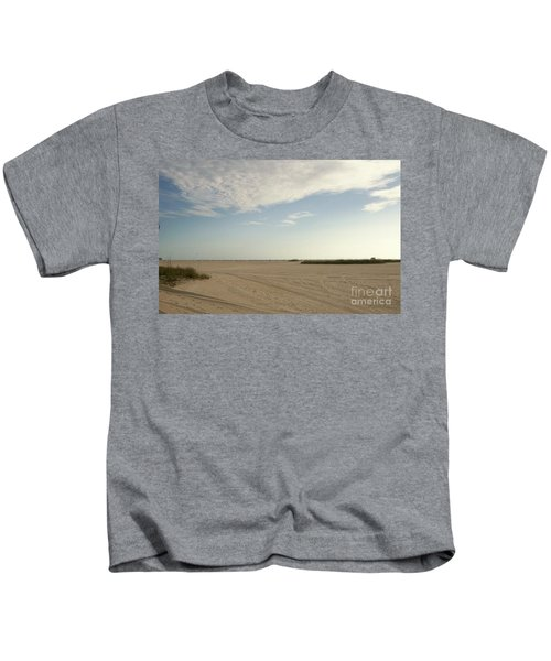 Sand Storm At St. Pete Beach Kids T-Shirt