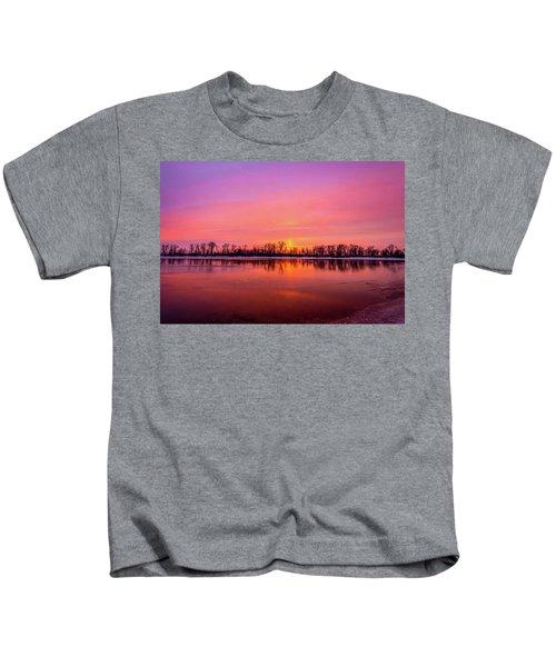Sandy Chute Sunset Kids T-Shirt