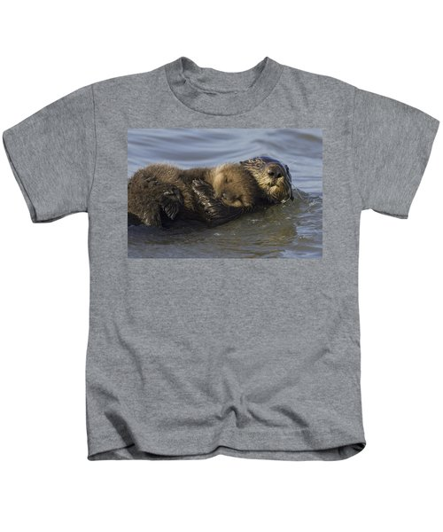 Sea Otter Mother With Pup Monterey Bay Kids T-Shirt by Suzi Eszterhas