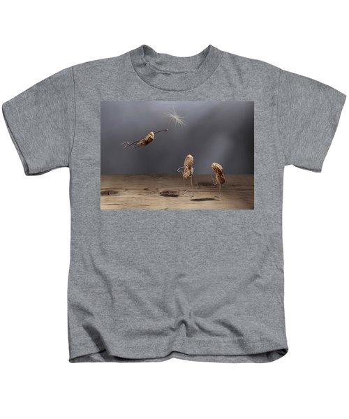 Simple Things - Flying Kids T-Shirt