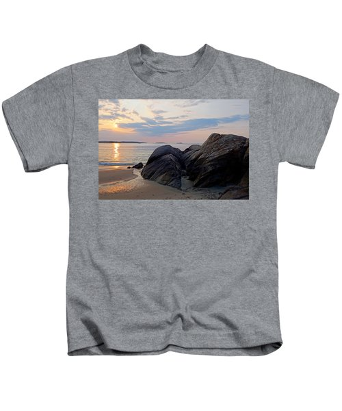 Singing Beach Rocky Sunrise Manchester By The Sea Ma Kids T-Shirt