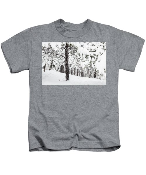 Snowy-4 Kids T-Shirt