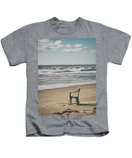 Solo On The Beach Kids T-Shirt