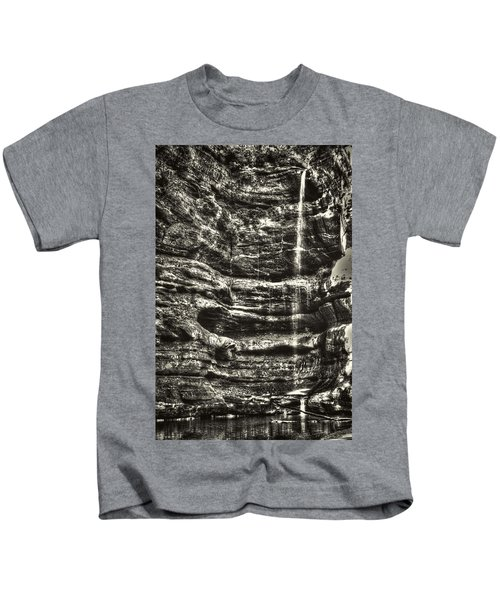 St Louis Canyon At Starved Rock State Park Kids T-Shirt