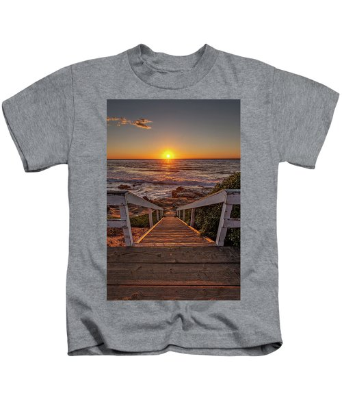 Steps To The Sun  Kids T-Shirt