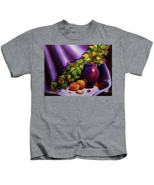 Still Life W/purple Vase Kids T-Shirt