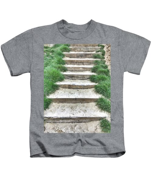 Stone Steps Detail Kids T-Shirt