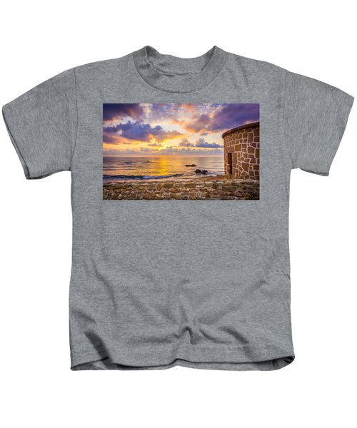 Stone Torre 2. Kids T-Shirt