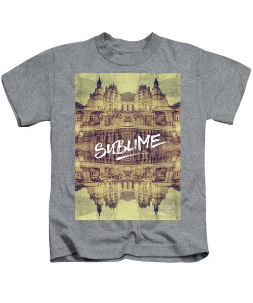 Sublime Fontainebleau Chateau France French Architecture Kids T-Shirt