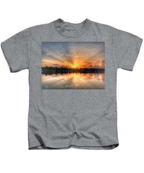 Summer Sunrise 2 - 2019 Kids T-Shirt