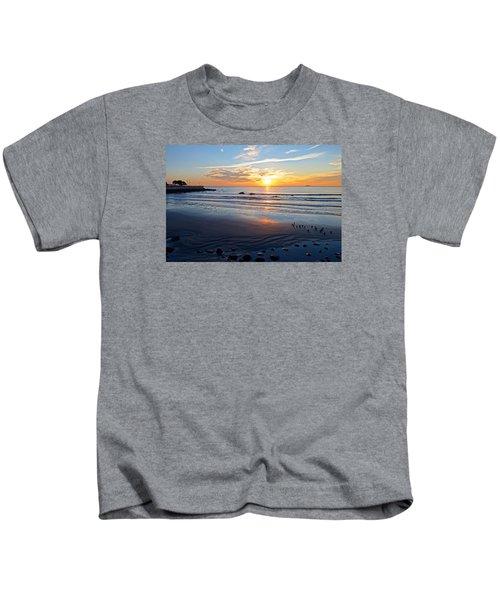 Sunrise Over Red Rock Park Lynn Shore Drive Kids T-Shirt