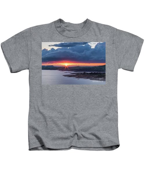 Sunset Over Millerton Lake  Kids T-Shirt