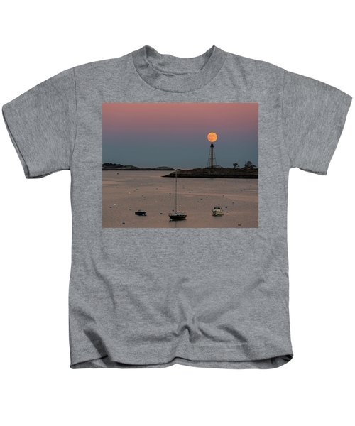 The 2016 Supermoon Balancing On The Marblehead Light Tower In Marblehead Ma Kids T-Shirt