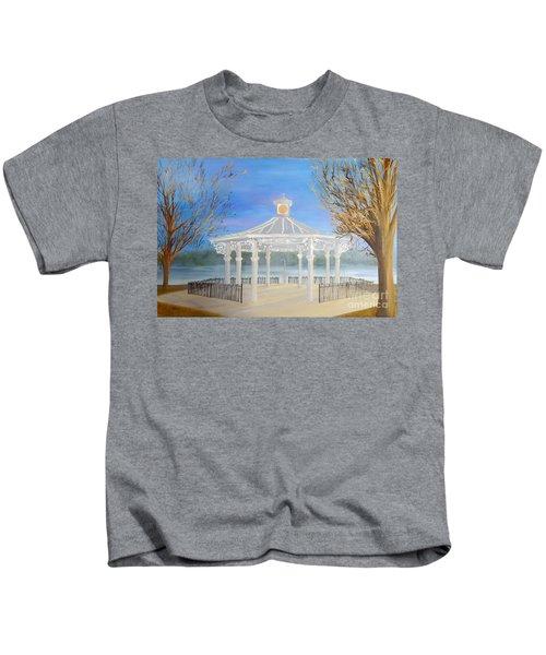 The Bandstand Basingstoke War Memorial Park Kids T-Shirt