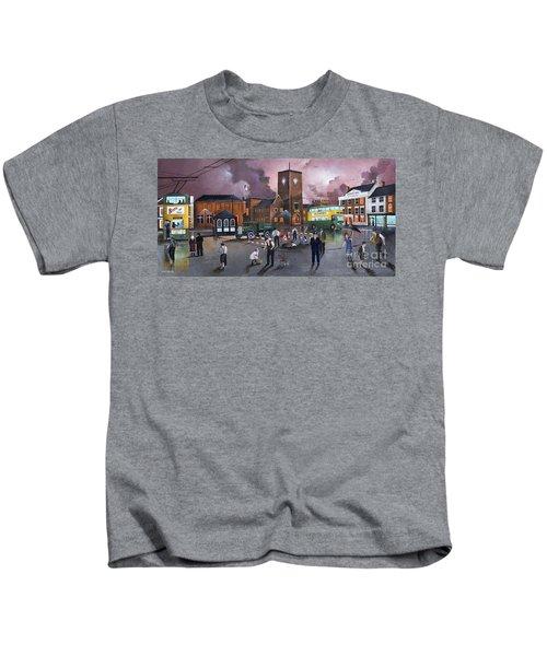 Dudley Trolley Bus Terminus 1950's Kids T-Shirt