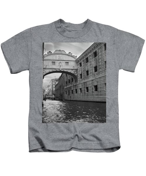 The Bridge Of Sighs, Venice, Italy Kids T-Shirt