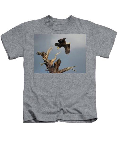 the Mighty Ozzie. Kids T-Shirt