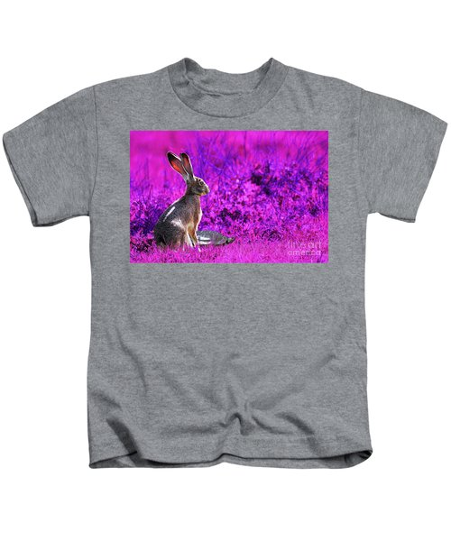 The Tortoise And The Hare . Magenta Kids T-Shirt
