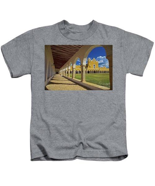 The Yellow City Of Izamal, Mexico Kids T-Shirt
