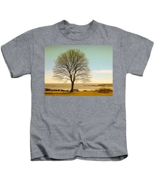 Tree At New Castle Common Kids T-Shirt