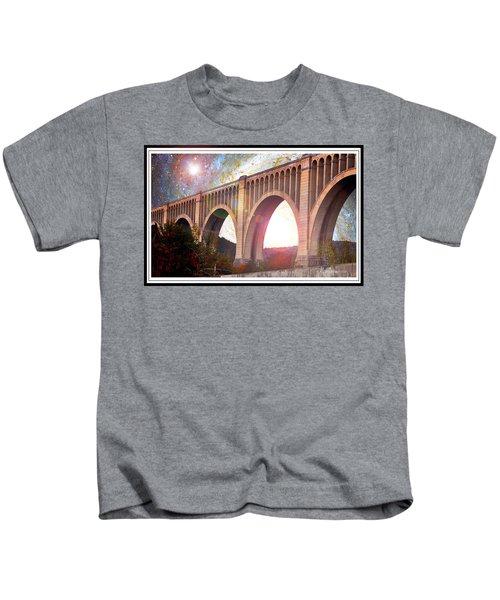 Tunkhannock Viaduct, Nicholson Bridge, Starry Night Fantasy Kids T-Shirt