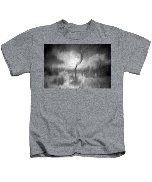 Turn Around  Kids T-Shirt