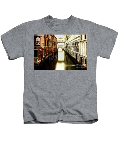 Venice Bridge Of Sighs Kids T-Shirt