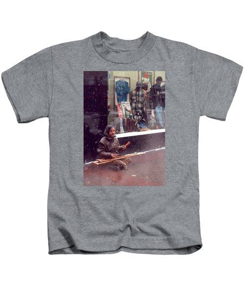 Vet Selling Pencils Kids T-Shirt