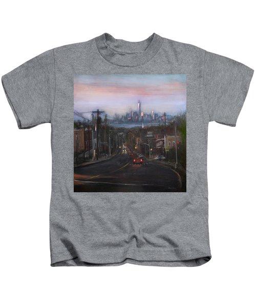 Victory Boulevard At Dusk Kids T-Shirt