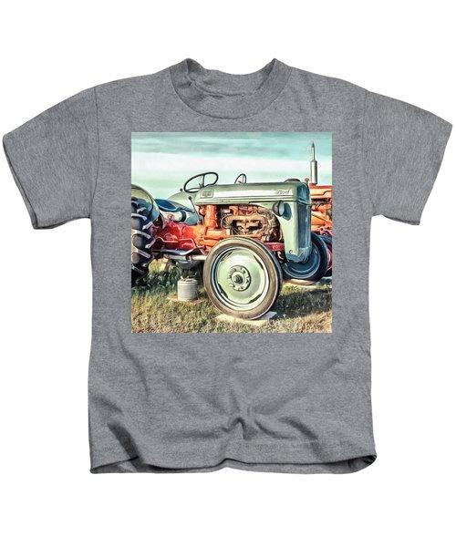 Vintage Tractors Pei Square Kids T-Shirt