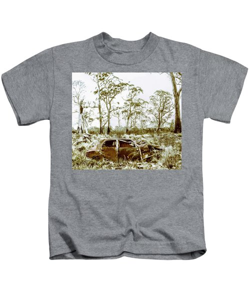 Vintage Winter Car Wreck Kids T-Shirt