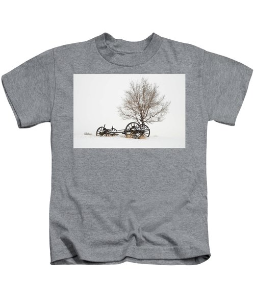 Wagon In The Snow Kids T-Shirt