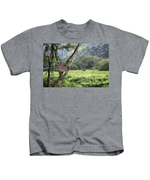 Waipio Valley Road Rules Kids T-Shirt