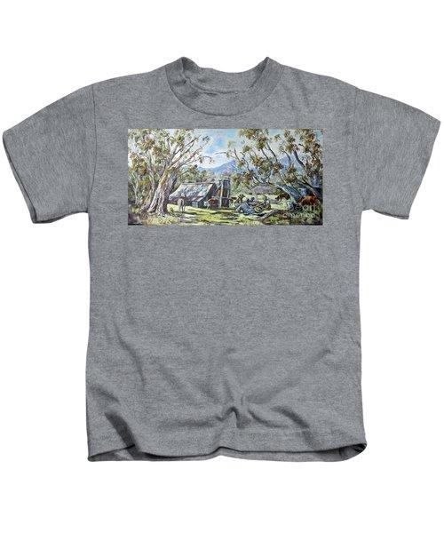 Wallace Hut, Australia's Alpine National Park. Kids T-Shirt