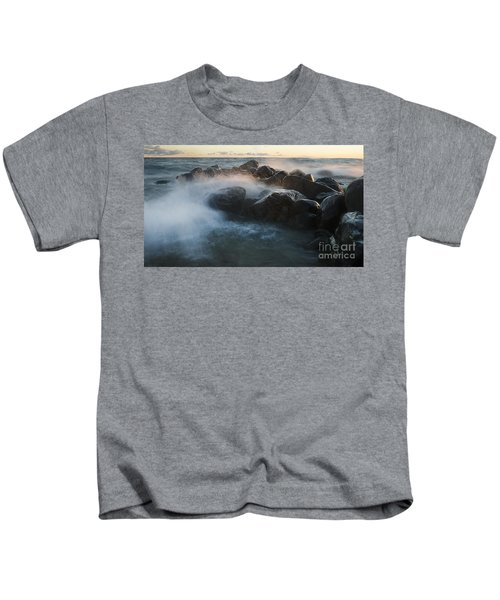 Wave Crashed Rocks 7947 Kids T-Shirt