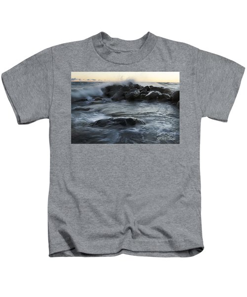 Wave Crashes Rocks 7838 Kids T-Shirt