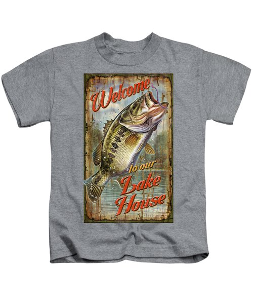 Welcome Lake House Sign Kids T-Shirt