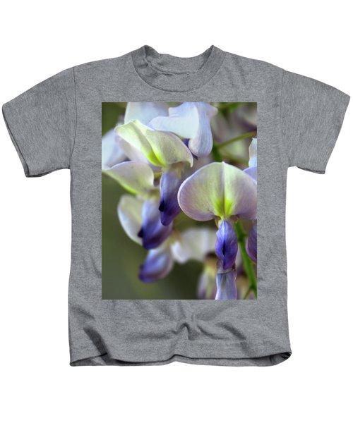 Wisteria White And Purple Kids T-Shirt