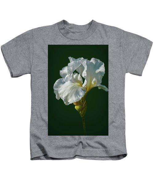 White Iris On Dark Green #g0 Kids T-Shirt