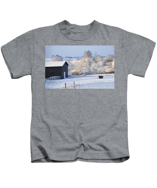 Winter Barn 1 Kids T-Shirt