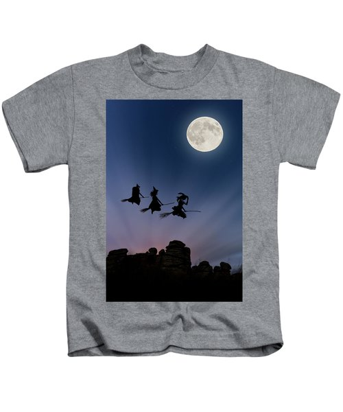 Witches Over Combstone Tor Kids T-Shirt