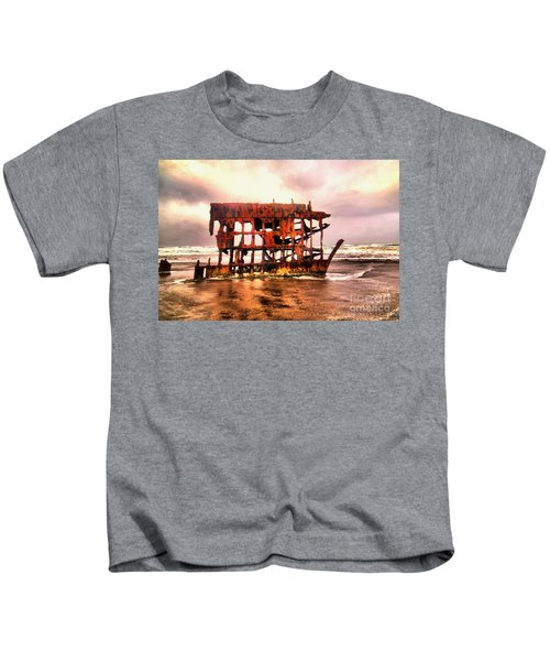 Wreck Of The Peter Iredale  Kids T-Shirt
