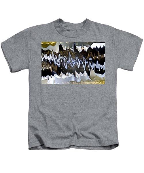 Wwaatteerr Kids T-Shirt