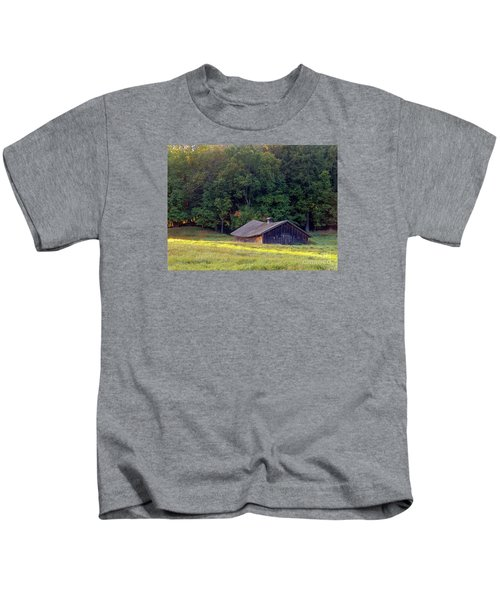 Abandoned Hay Barn At Sunrise Kids T-Shirt