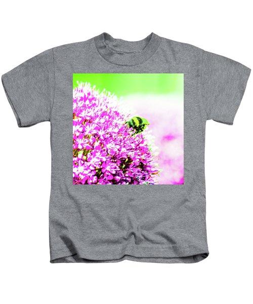 Allium With Bee 3 Kids T-Shirt