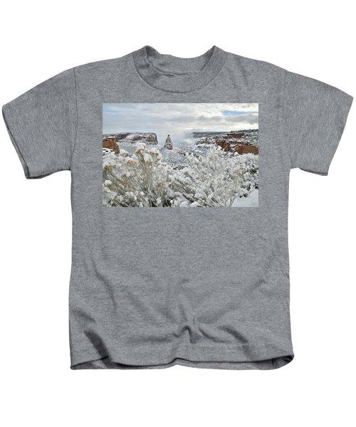 Beautiful Snow Morning Along Rim Rock Drive Kids T-Shirt