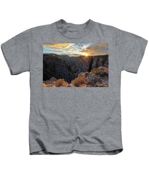Black Canyon Sendoff Kids T-Shirt
